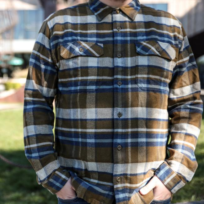 Made from a warm and durable heavyweight 100% organic cotton flannel.  Traditional long-sleeved 01d83b44d