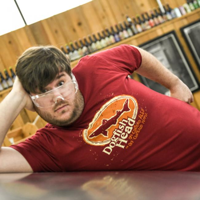 Dogfish Head Cranberry Logo Tee